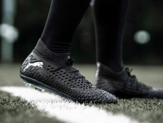 รองเท้าสตั๊ด